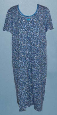 Kyra_nursing_gown